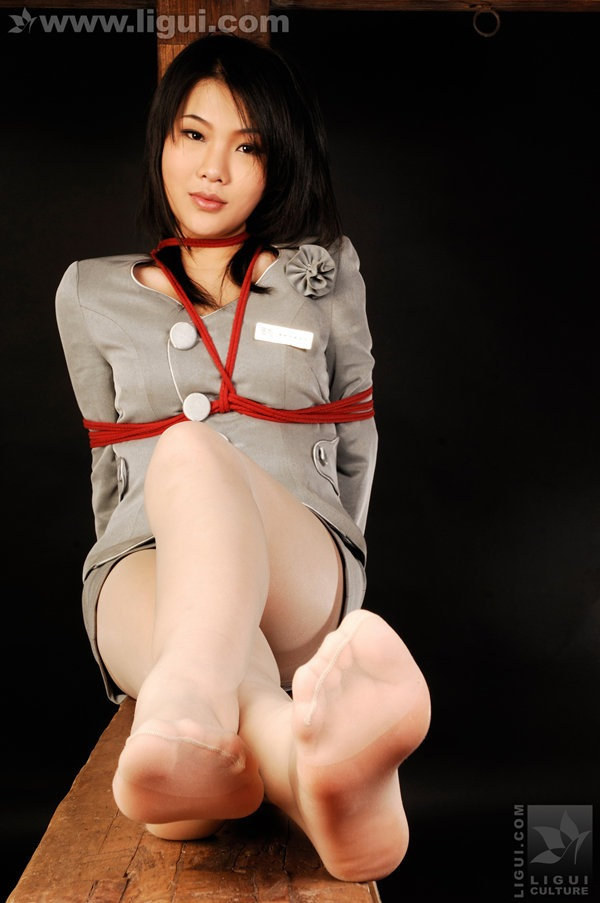 [Ligui丽柜]2010.02.19 被束缚的女秘书 model 文静[29P/28.3M]